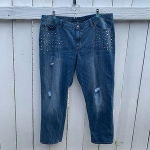 Jennifer Lopez Boyfriend Embellished  Capri Jeans